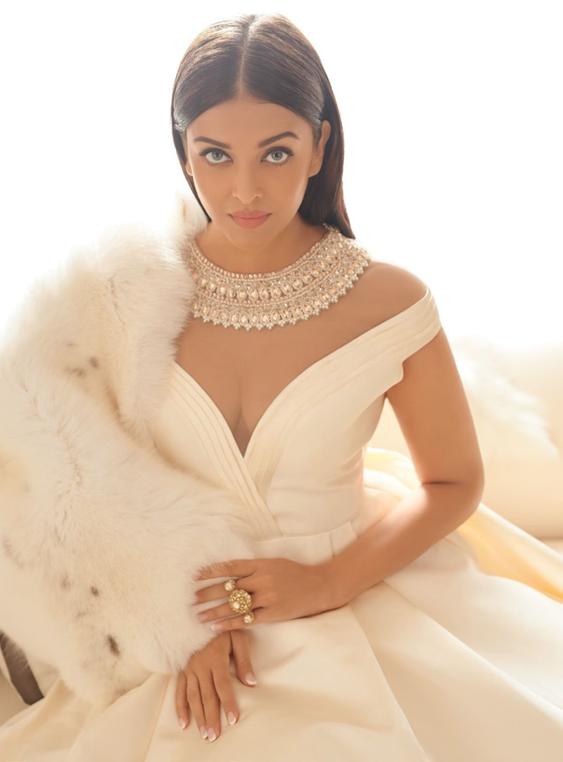 Actress Aishwarya Rai Bachchan poses in Manish Malhotra gown