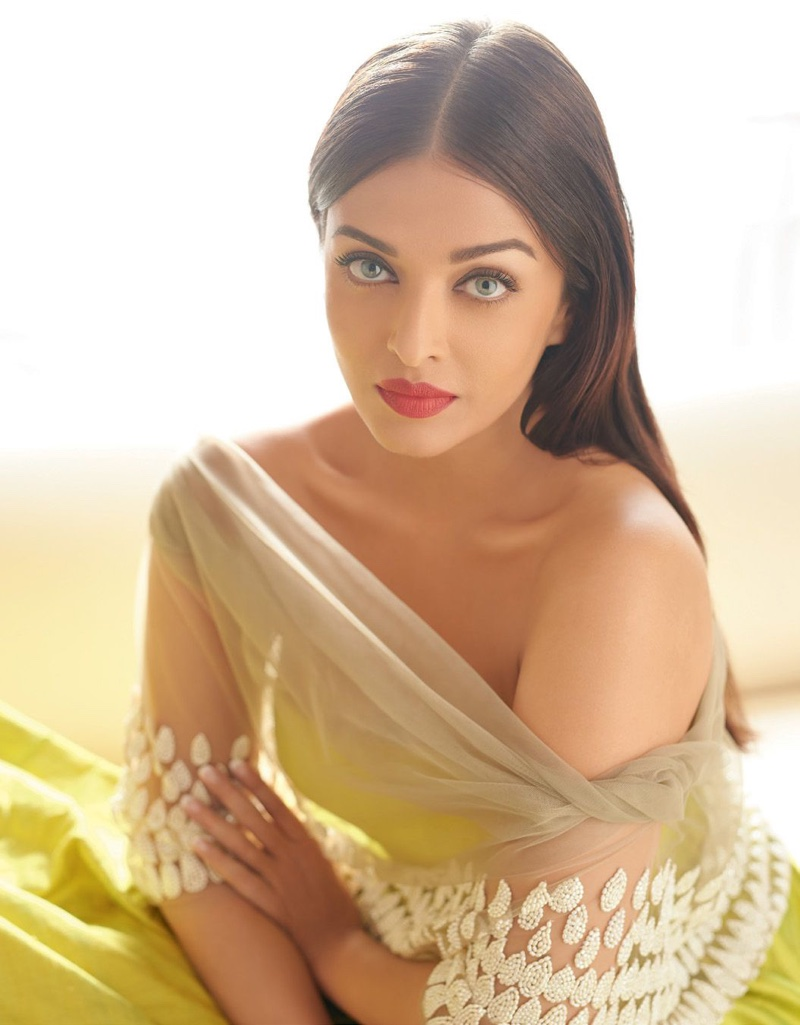 Aishwarya Rai Bachchan wears yellow gown from Manish Malhotra