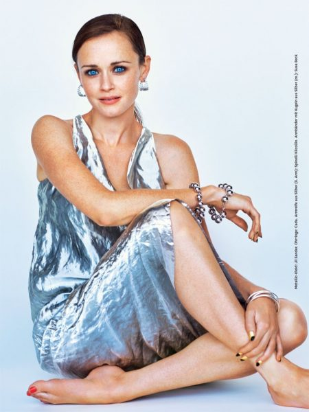 'Gilmore Girls' Star Alexis Bledel Poses in Glamour Germany