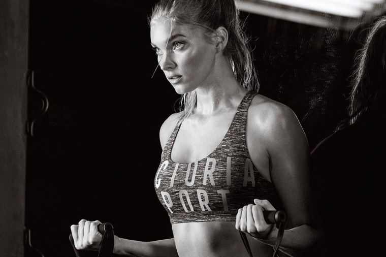 9b845c7bb72a Adriana Lima   More Angels Work Up a Sweat in Victoria Sport ...