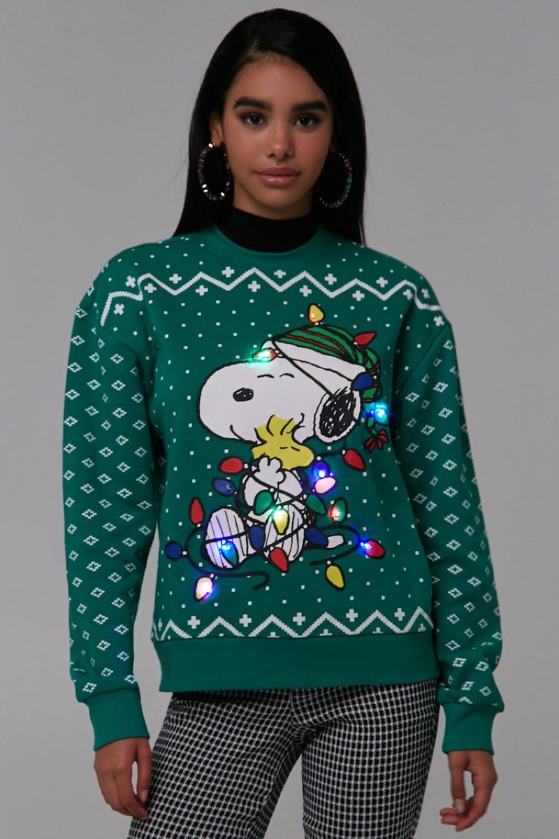 Forever 21 Snoopy Graphic Holiday Sweater $34.90