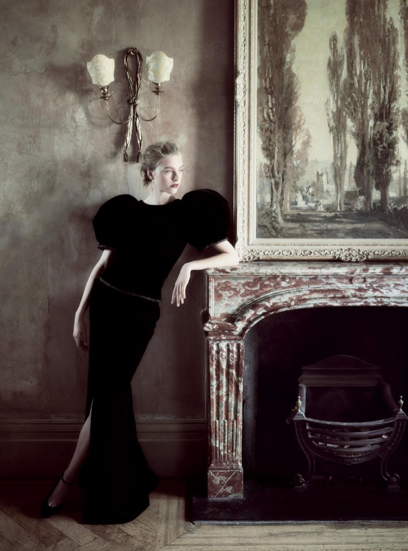Model Hedvig Palm cuts an elegant vision in Armani Prive gown