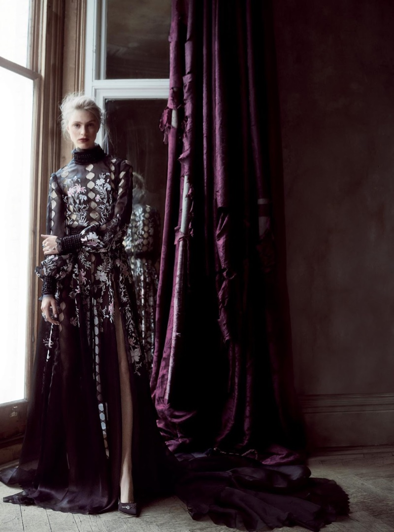 Hedvig palm haute couture bazaar uk10 for Couture vs haute couture
