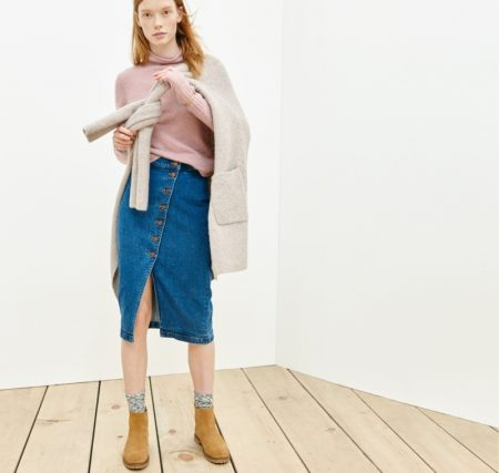 Julia Hafstrom is Ready for the Transitional Weather in Madewell