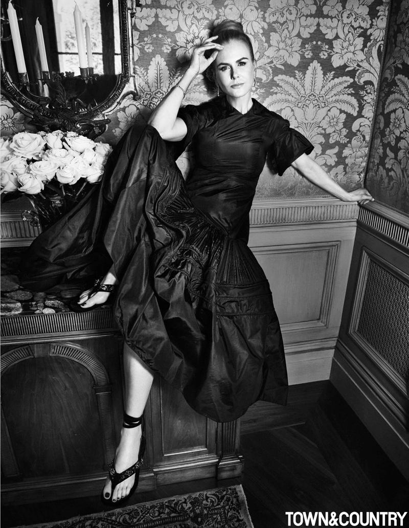 Actress Nicole Kidman wears Dior Haute Couture dress with Tiffany & Co. jewelry