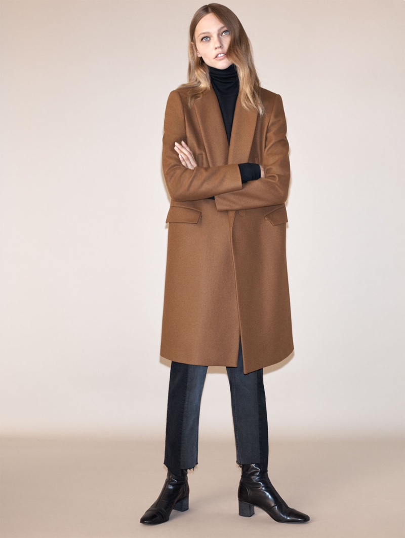 a95198b8 ... Zara masculine double breasted coat, turtleneck sweater and medium-heel  leather zipped ankle boots