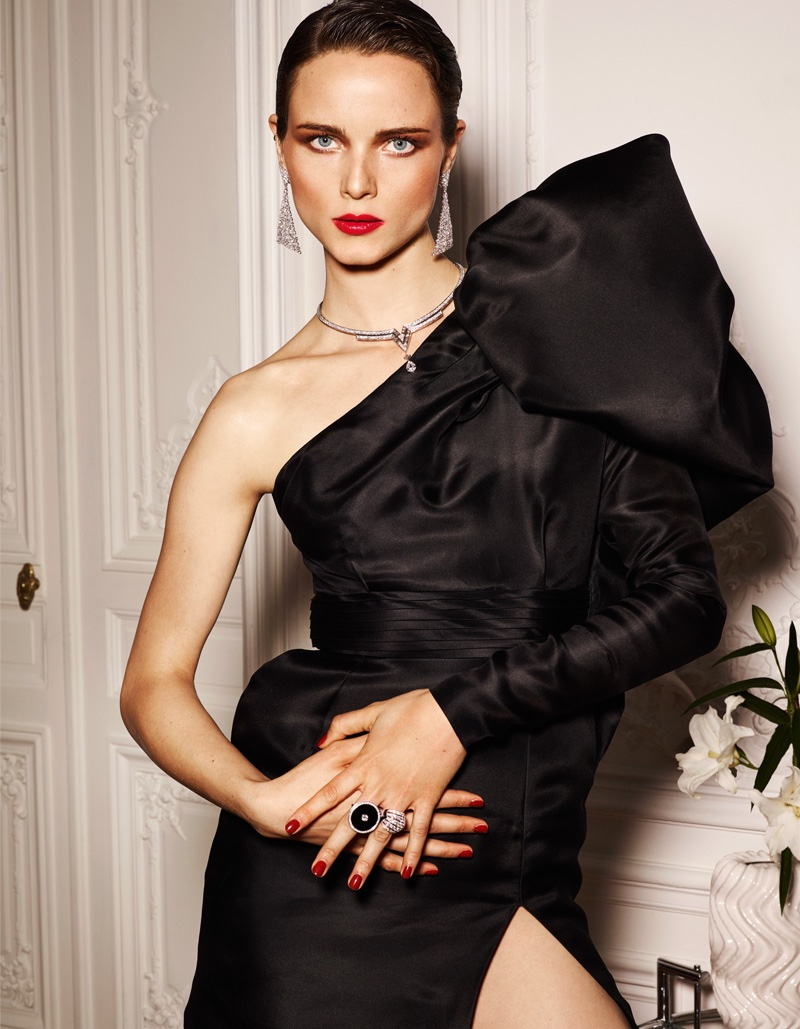 Anna de Rijk models Emanuel Ungaro one-shoulder dress