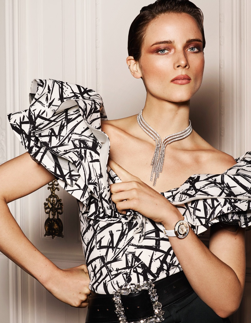 Model Anna de Rijk poses in Emanuel Ungaro ruffled top