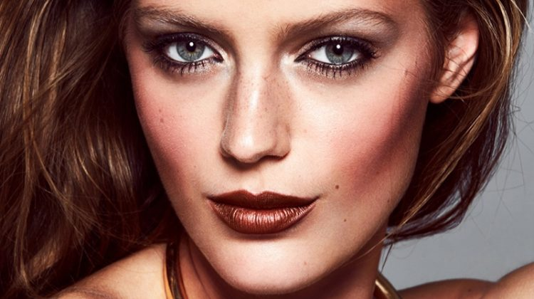 Esther Heesch stars in a beauty editorial for ELLE Sweden