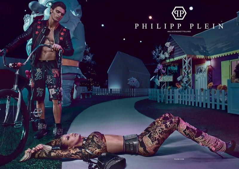 Fergie poses in a gold look for Philipp Plein's spring-summer 2017 campaign