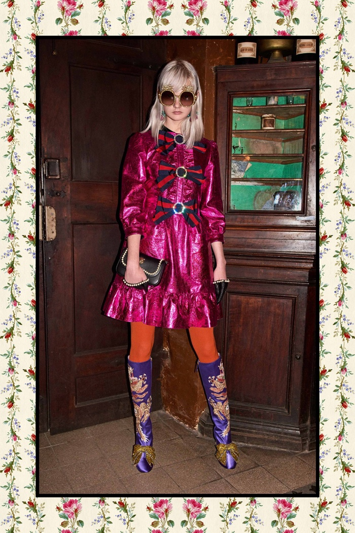 Pink dress embellished with bows - Gucci Pre-Fall 2017 collection