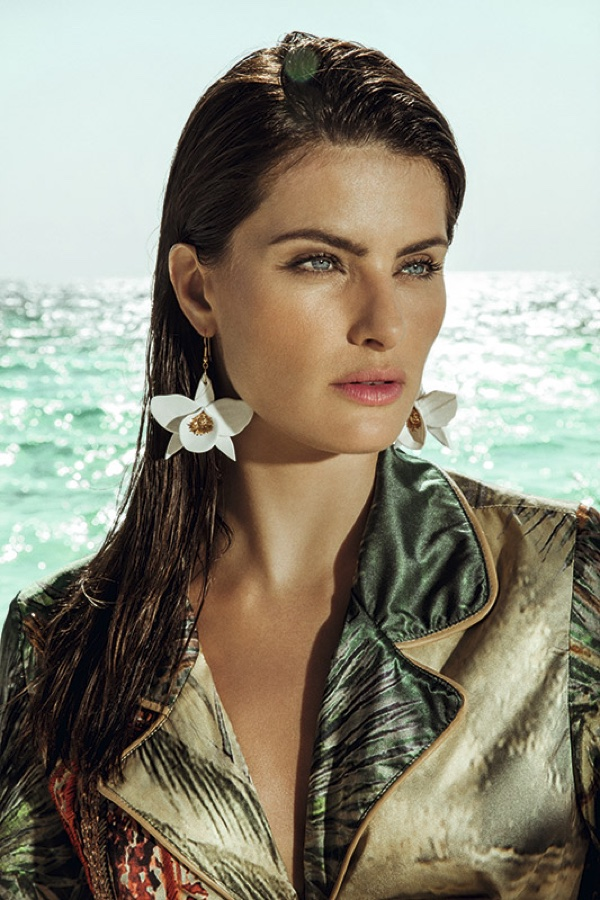 Getting her closeup, Isabeli Fontana wears Agua de Coco beach coverup