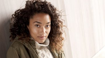 Anais Mali Poses in Madewell's Lounge-Worthy Winter Styles