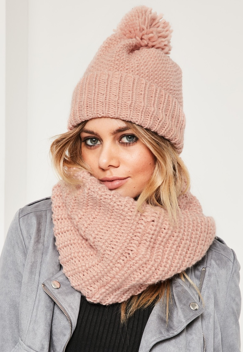 Missguided Pink Knitted Snood & Beanie Set