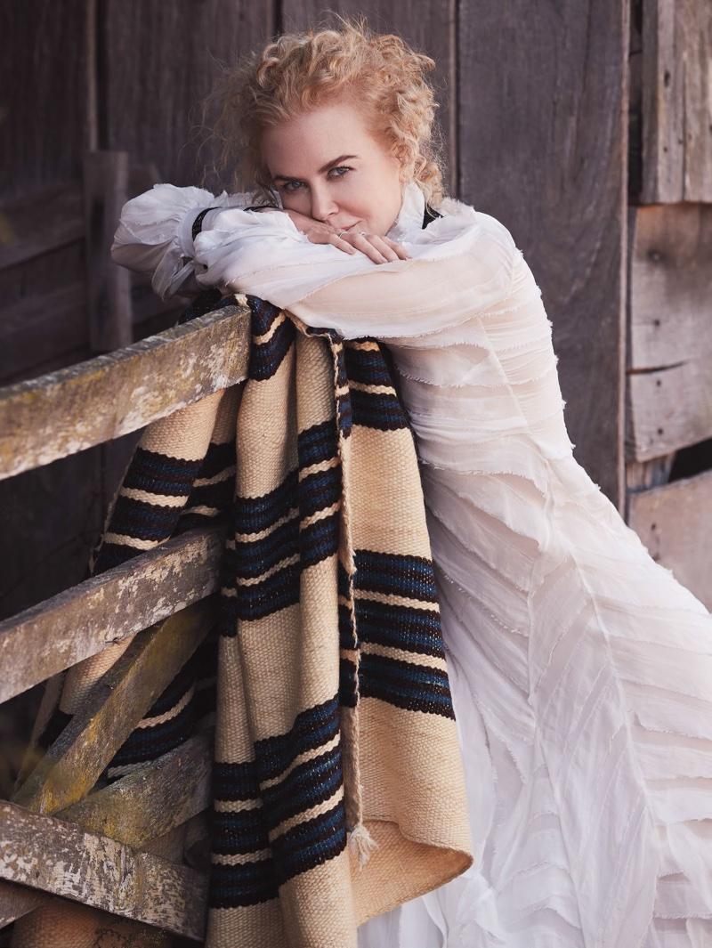 Nicole Kidman poses in Erdem dress with Tiffany & Co. jewelry