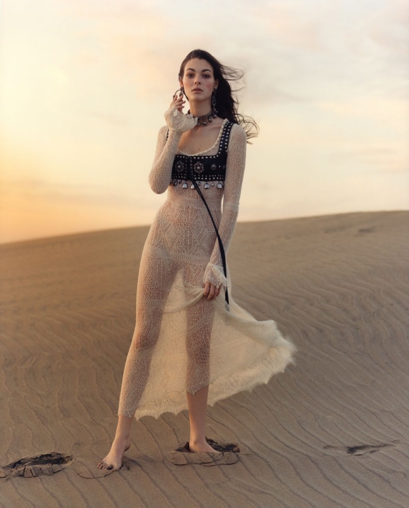 You Have to See Alexander McQueen's Dreamy Spring 2017 Campaign