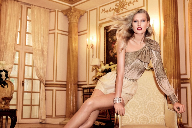 Toni Garrn Looks Super Luxe in Elisabetta Franchi's Spring 2017 Campaign