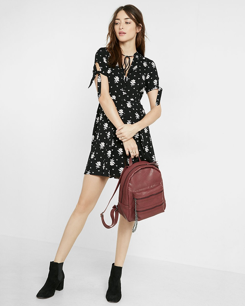 Wish List: Channel 90's Style in Express' Floral Print Dress