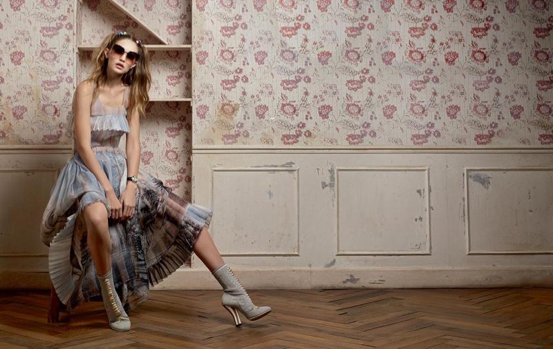Gigi Hadid stars in Fendi's spring-summer 2017 campaign