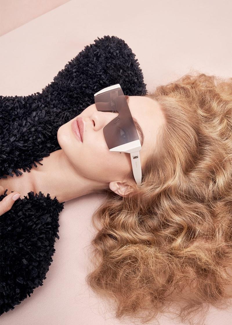 Gigi Hadid wears Max Mara sunglasses for the spring 2017 season