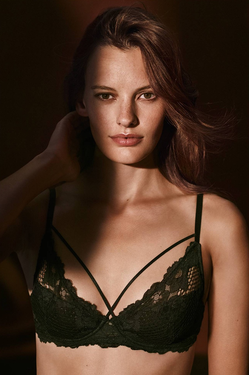 H&M Padded Underwire Lace Bra