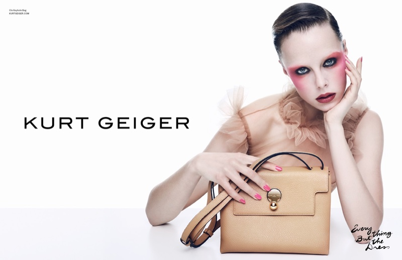 Edie Campbell poses with the Cle Keyhole Bag in Kurt Geiger's spring-summer 2017 campaign