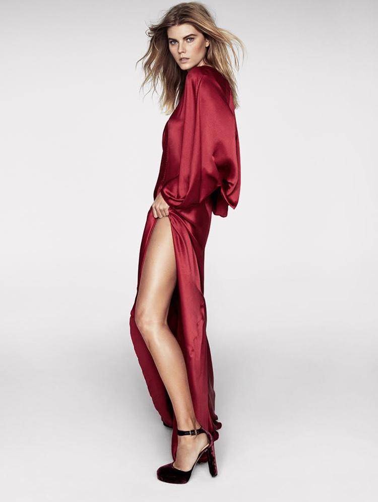 Flaunting some leg, Maryna Linchuk wears Alberta Ferretti dress and Jimmy Choo heels