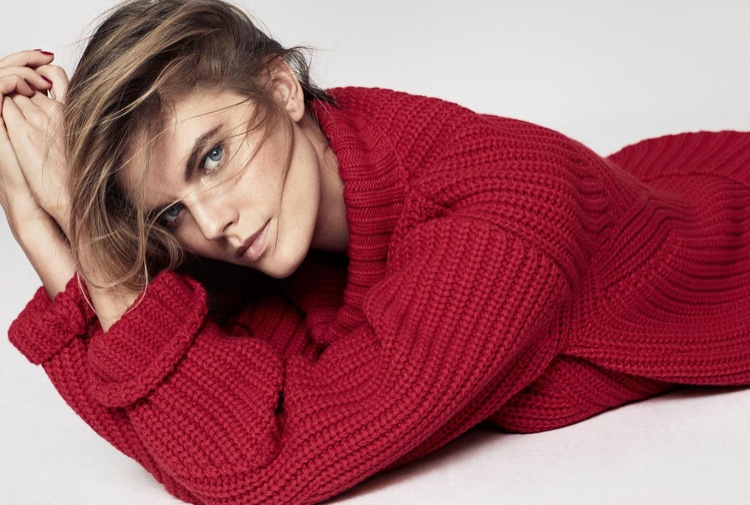 Maryna Linchuk models DSquared2 sweater