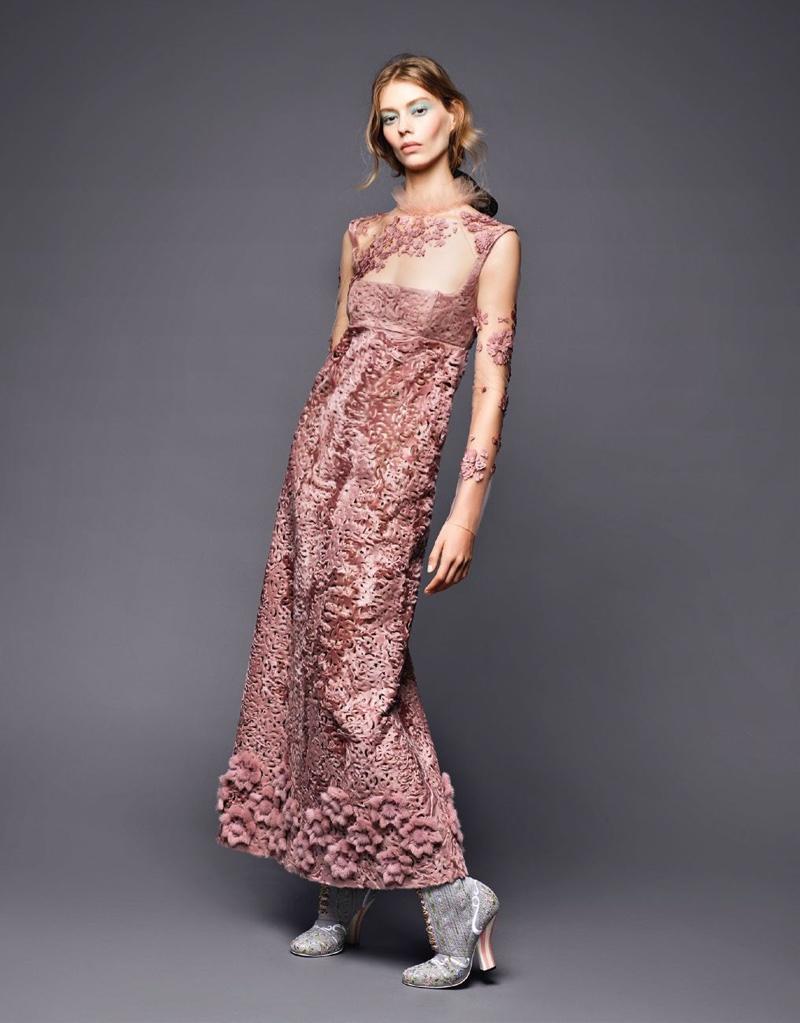 Ondria Hardin Poses in Fendi Haute Couture for L\'Officiel Russia