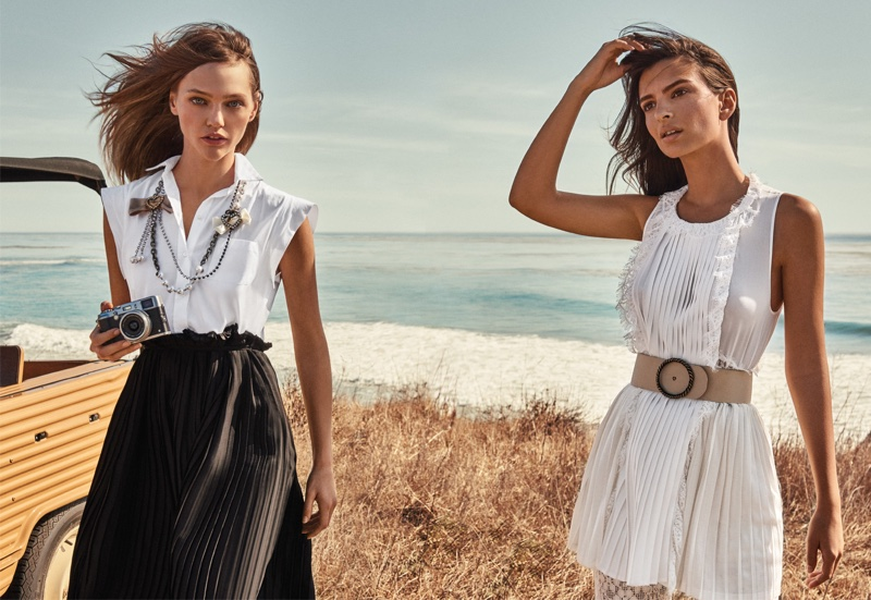 Twin-Set sets spring-summer 2017 campaign at the beach
