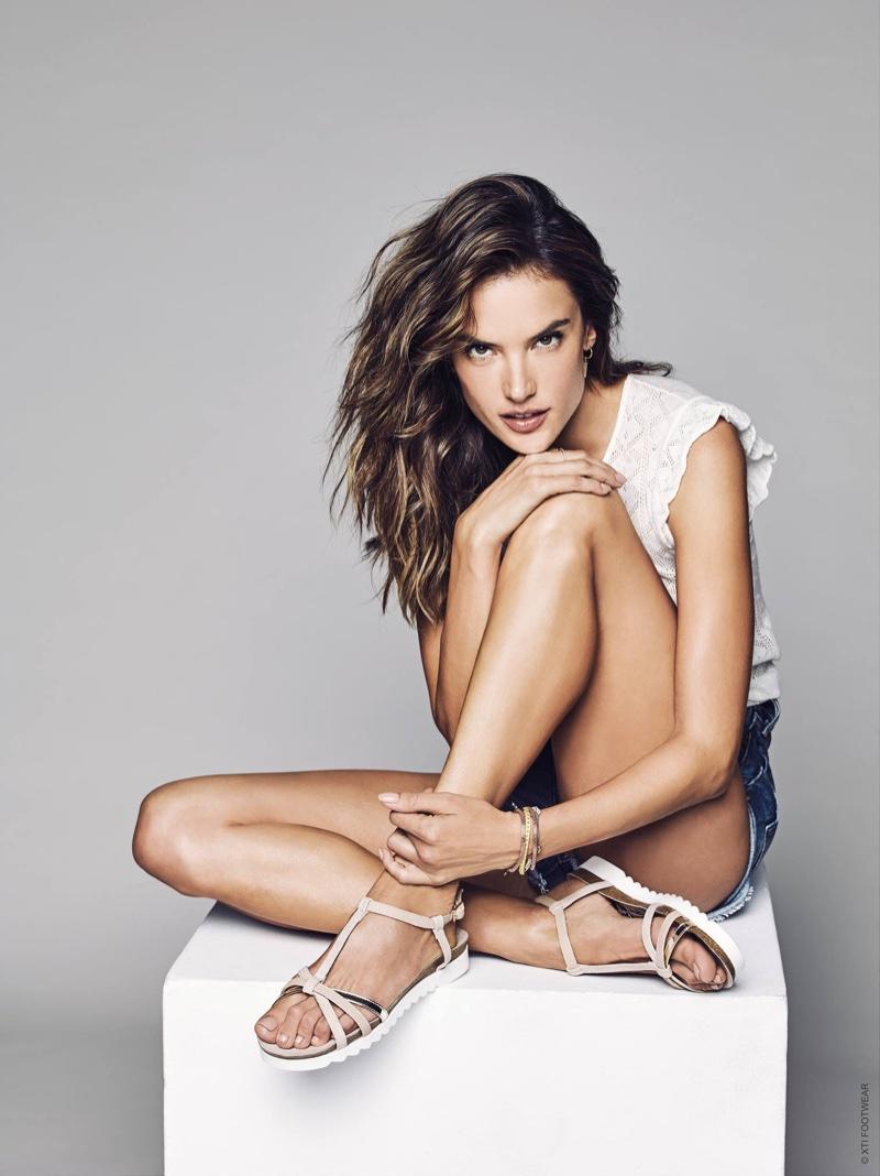 Alessandra Ambrosio Wears Stylish Sandals in XTI Shoes ... алессандра амбросио