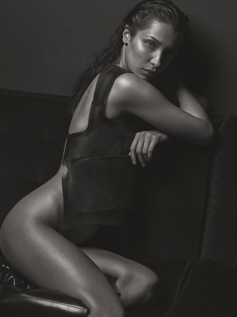 Flaunting her bum, Bella Hadid models Courreges top