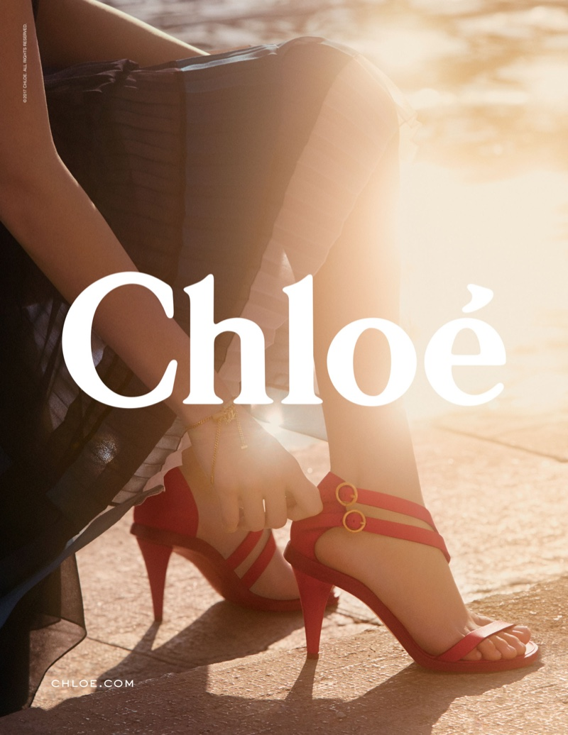 Chloe spotlights red sandals in spring-summer 2017 campaign