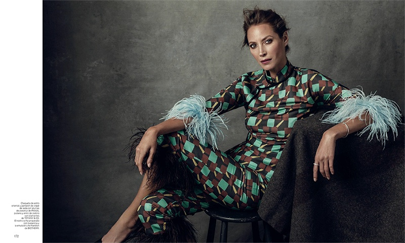 Christy Turlington Looks Beyond Elegant in Harper's Bazaar Spain