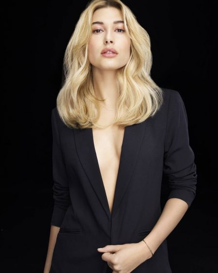 Hailey Baldwin signs contract as L'Oreal Professionnel brand ambassador