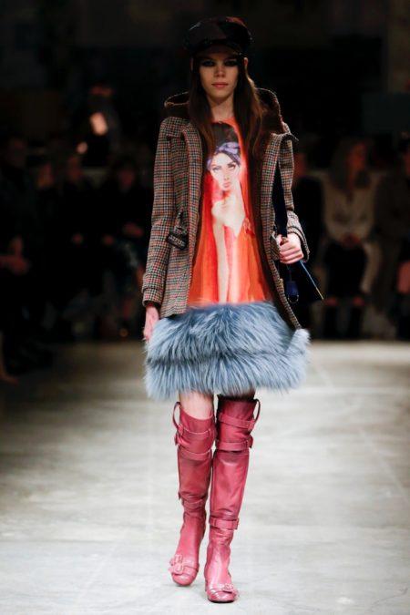 Prada Brings on the Embellishments for Fall 2017
