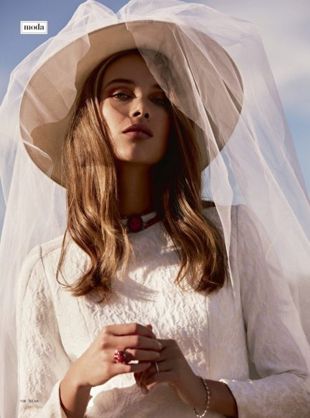 Rozanne Verduin Makes the Perfect Blushing Bride in TELVA Novias