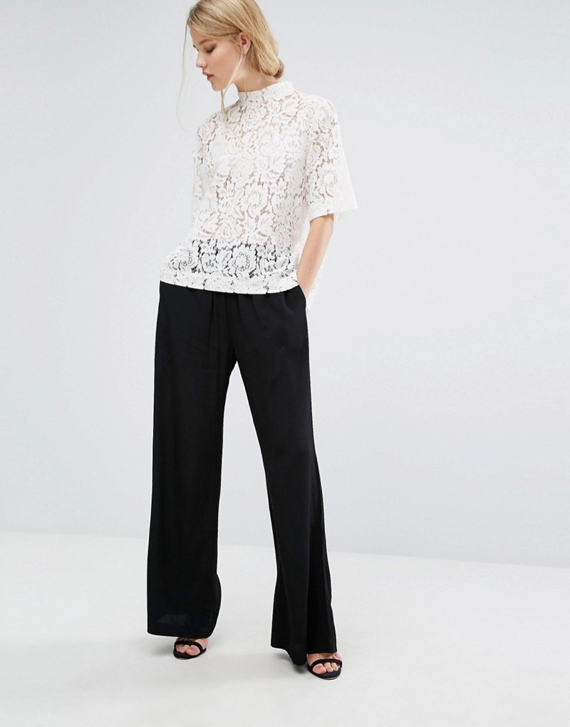 Get an elegant look with the Becks Short Sleeve Lace Top