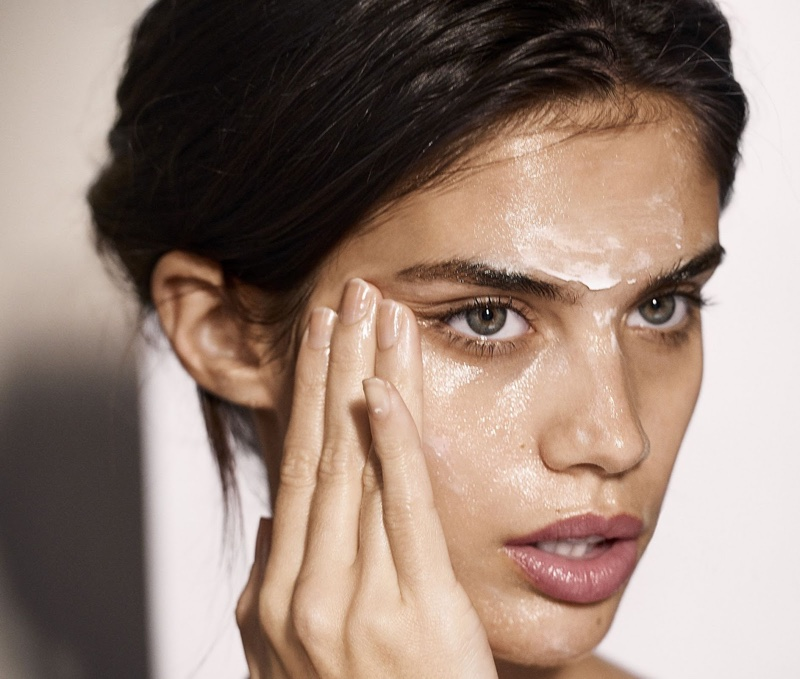 Sara Sampaio stars in Cosmopolitan's March issue