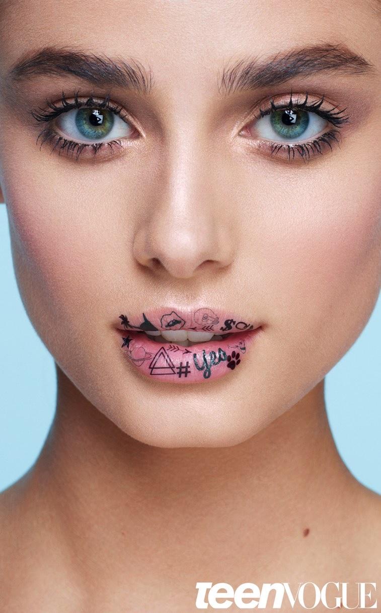 Taylor Hill models bold eyebrows