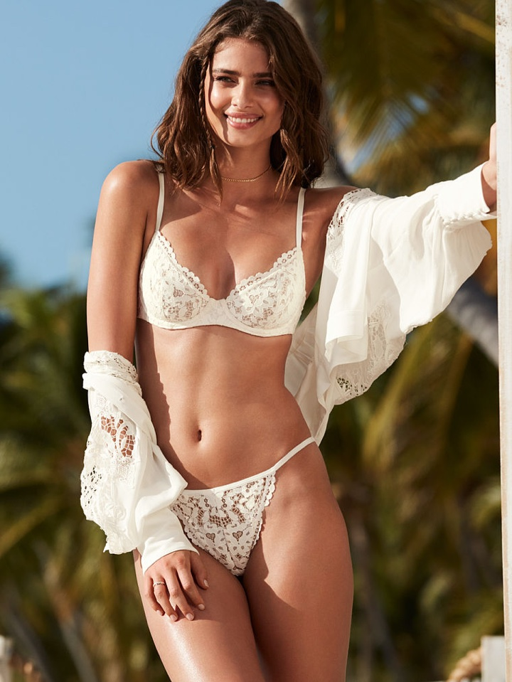 Taylor Hill embraces the sun in lingerie styles from Victoria's Secret