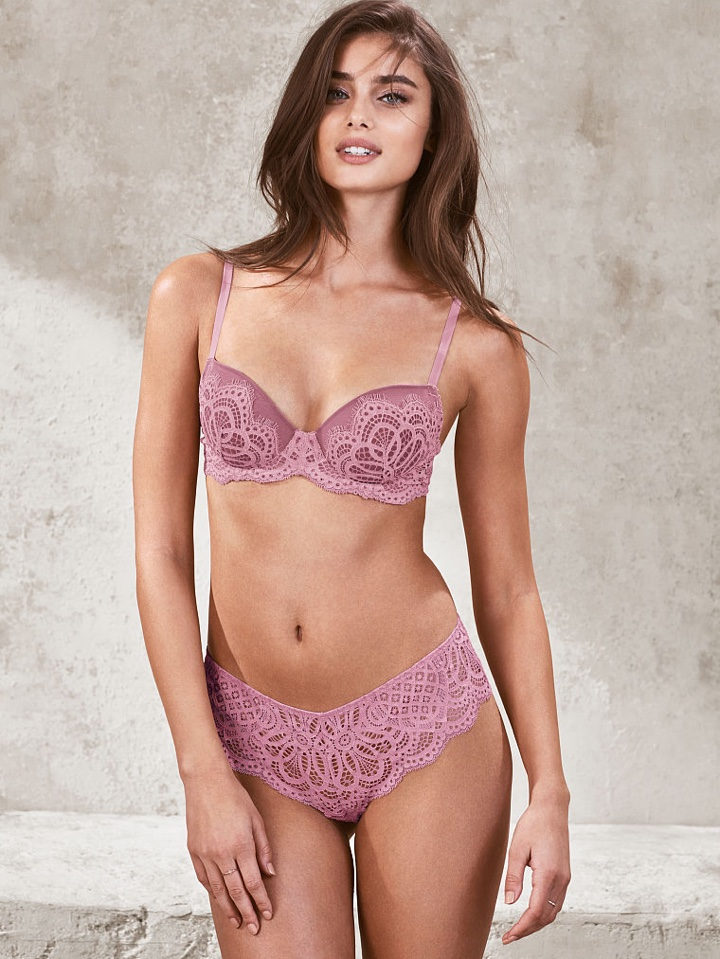 Looking pretty in pink, Taylor Hill wears lace bra and underwear