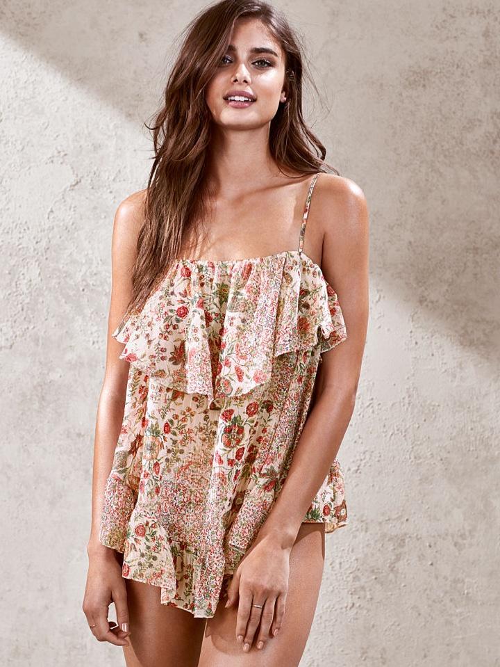 Taylor Hill models Victoria's Secret floral print romper