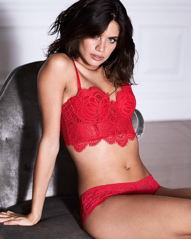 Victoria's Secret Valentine's Day 2017 Campaign Photos