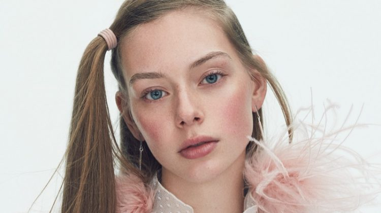 Nicolas Kantor Captures Understated Beauty Looks for Vogue Japan
