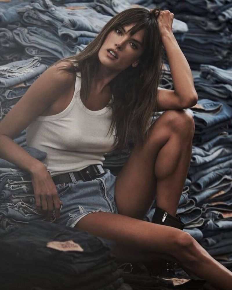 Alessandra Ambrosio Keeps It Casual in Re/Done's Denim Styles