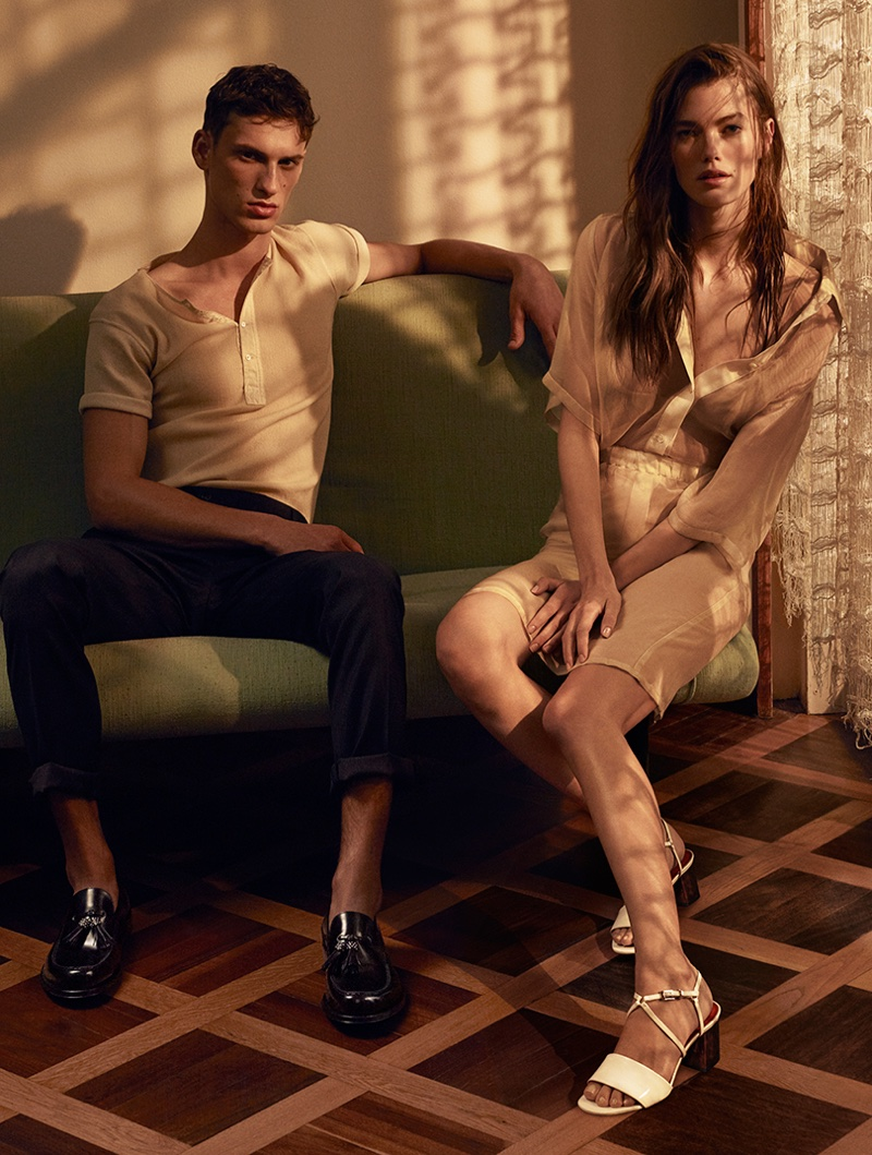 Cesare Paciotti features Cloe sandal in spring-summer 2017 campaign