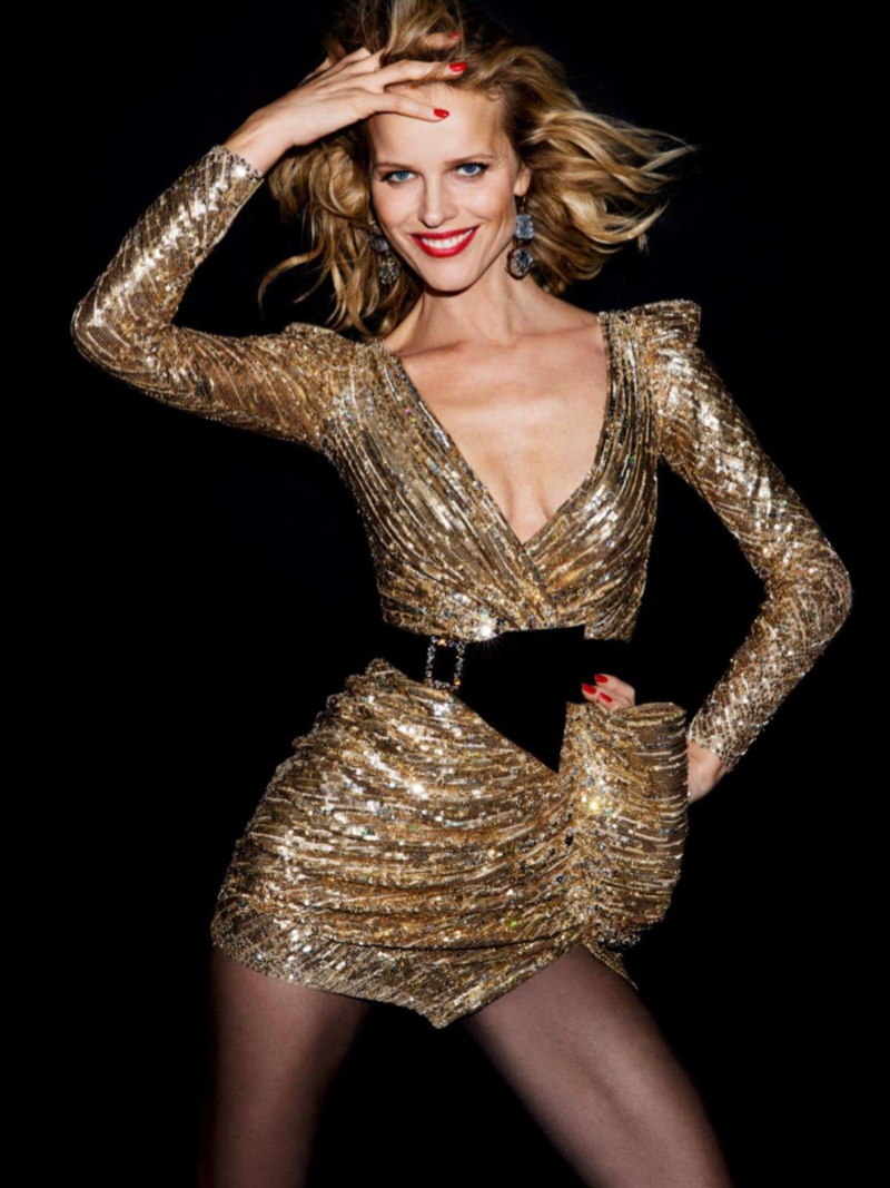 Eva Herzigova rocks little gold dress