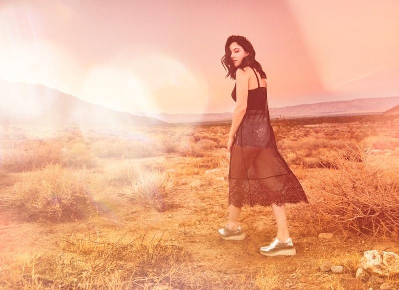 Starlie Cheyenne wears lace dress in H&M Loves Coachella 2017 campaign