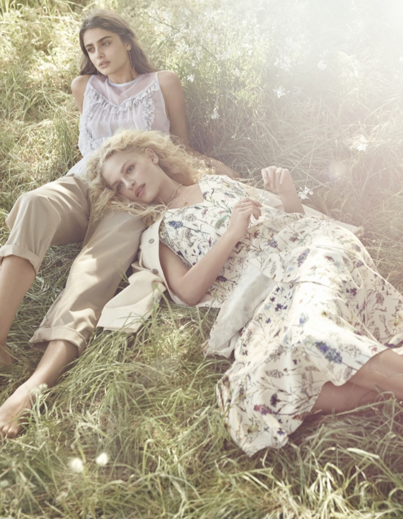 H&M focuses on sunny style for spring 2017 advertising campaign